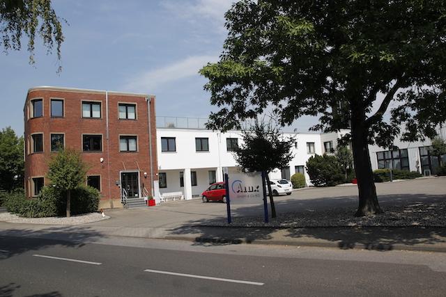 Alux GmbH & Co. KG